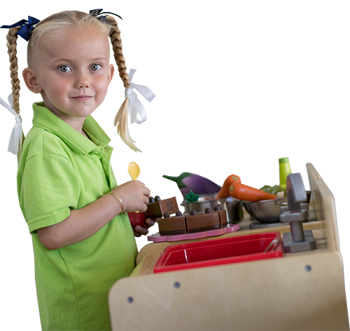 Kindy girl in play kitchen